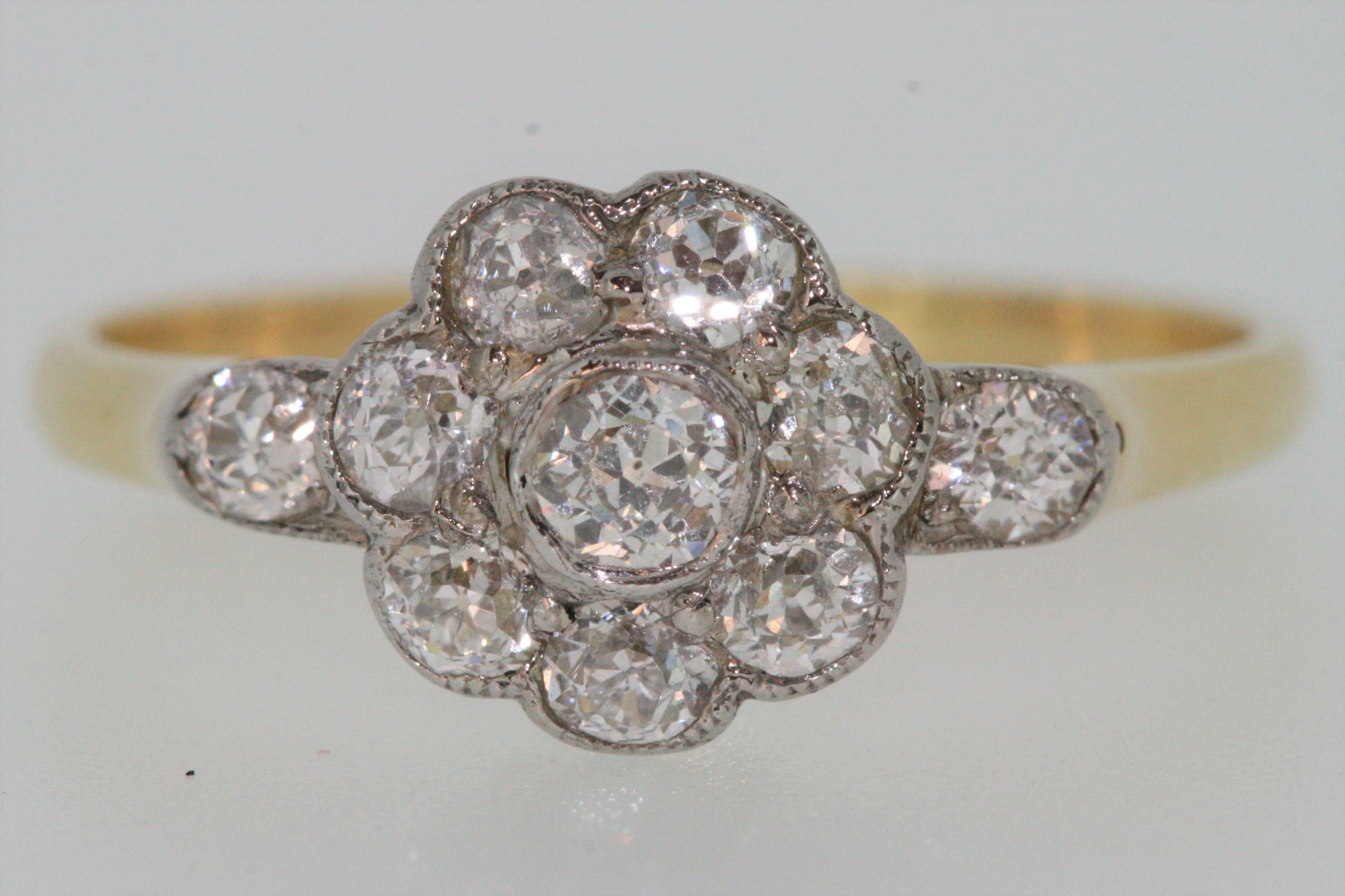 diamond engagement filigree pin ring cluster gold beautiful set white daisy